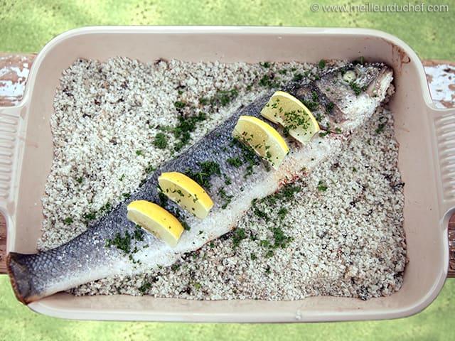 Bar en cro te de sel aux algues recette de cuisine - Desherber au gros sel ...