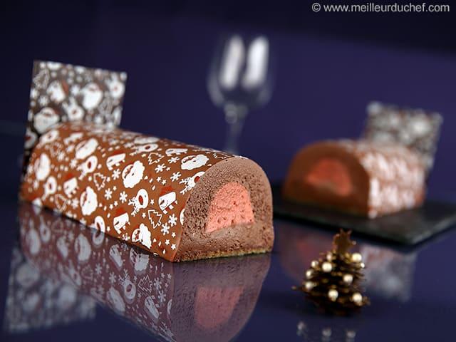 B che au chocolat et son insert framboise la recette for Buche a la mousse au chocolat