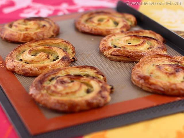 pains aux raisins recette de cuisine illustr 233 e meilleurduchef
