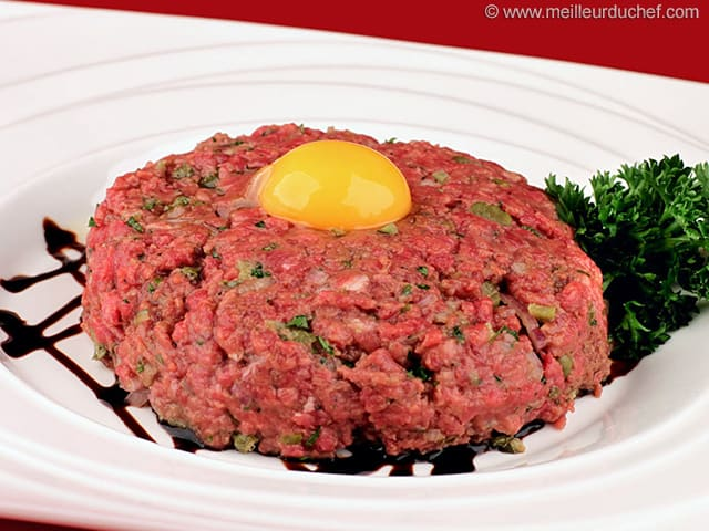 steak tartare notre recette illustr e pur boeuf hach. Black Bedroom Furniture Sets. Home Design Ideas
