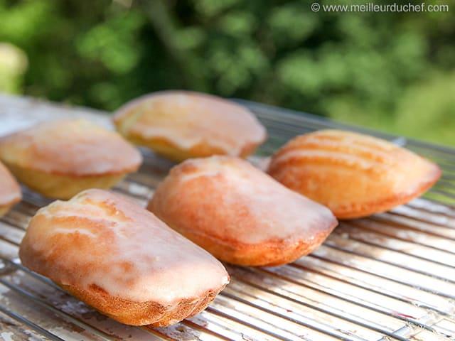 Sugar-Glazed Madeleines - Our recipe with photos - MeilleurduChef.com