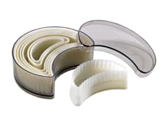 Set of 7 Fluted Pastry Cutters - Crescent Moon