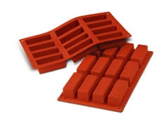 Flexible Silicone Mould - 12 Mini Cakes