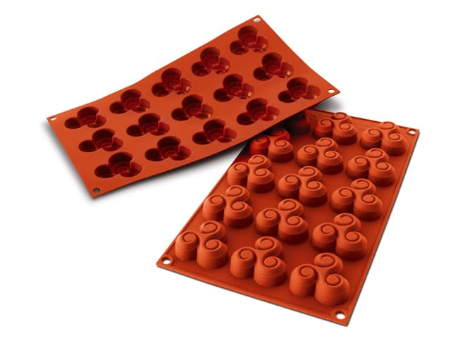 Flexible Silicone Mould - Triskelion Shapes (15 cavities) - Silikomart