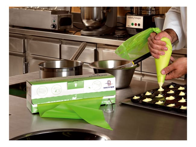 Comfort Disposable Piping Bags - 46cm (x 100) - Matfer