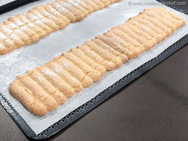 Biscuit la cuill re en bande fiche recette avec photos - Fond de tarte biscuit ...