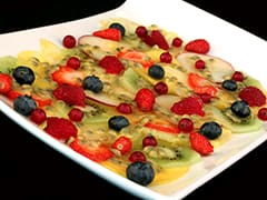 Carpaccio de fruits frais au jus de passion