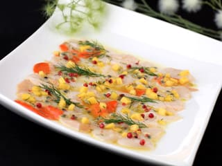 Carpaccio de Saint-Jacques à la mangue