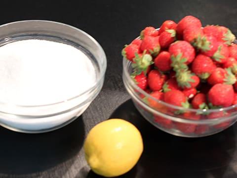 confiture de fraise qui fermente
