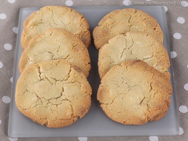 cookies au chocolat blanc notre recette avec photos. Black Bedroom Furniture Sets. Home Design Ideas