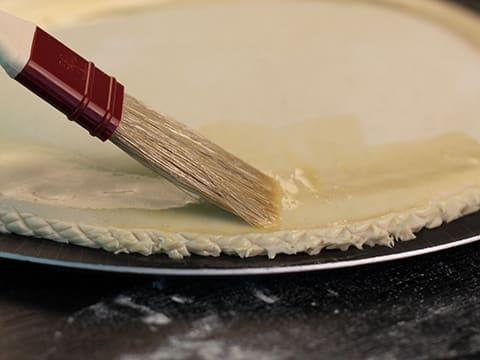 Galette des rois la frangipane recette de cuisine avec for Decoration galette des rois frangipane