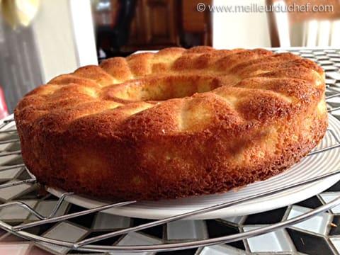 G teau moelleux aux pommes notre recette - Ustensile de cuisine en anglais ...