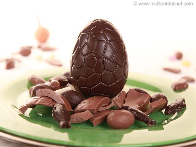 uf de p ques en chocolat recette de cuisine avec photos. Black Bedroom Furniture Sets. Home Design Ideas