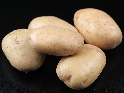 pommes de terre saut es crues notre recette illustr e. Black Bedroom Furniture Sets. Home Design Ideas