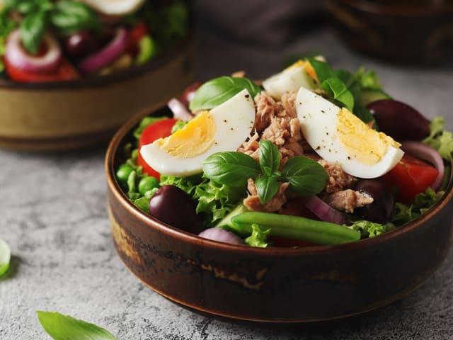 Salade nicoise pour 12 personnes