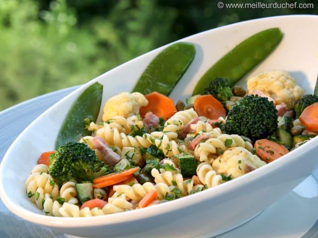 salade de p 226 tes aux l 233 gumes notre recette avec photos meilleurduchef