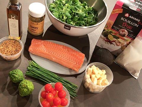 salade au saumon recette de cuisine avec photos. Black Bedroom Furniture Sets. Home Design Ideas