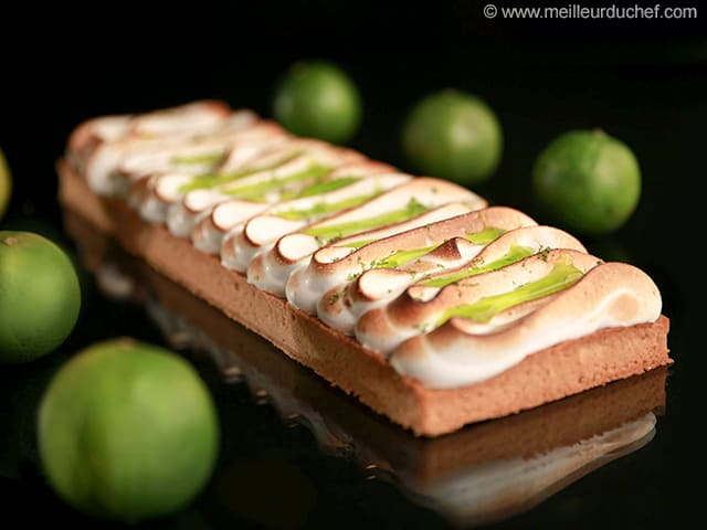 Tarte au citron vert meringu e notre recette avec photos - Recette tarte au citron sans meringue ...