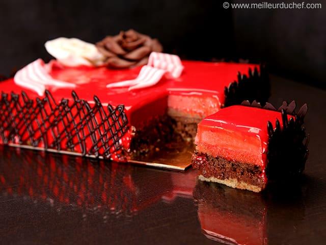 Birthday cake illustrated recipe for Miroir framboise