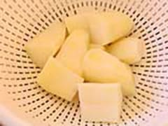 Blanching potatoes