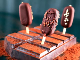 Chocolate Ice Cream Bars with a Crunchy Heart
