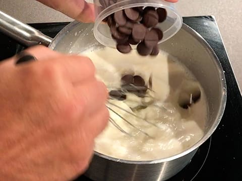 Chocolate Ice Cream Push-Up Pops - 16