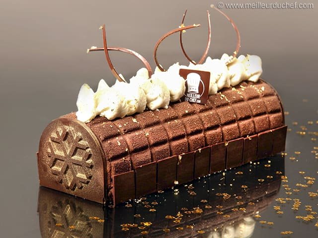 Christmas Yule Log like Chocolate Squares
