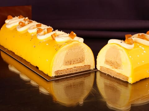 Hazelnut & Passion Fruit Yule Log - 120