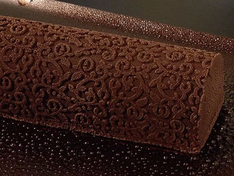 Ice Cream Yule Log, Baroque Finish - 16