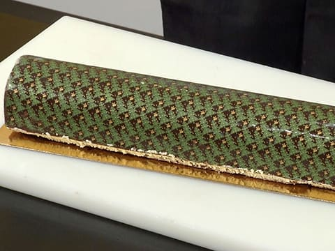 Pear & Chocolate Yule Log - 78
