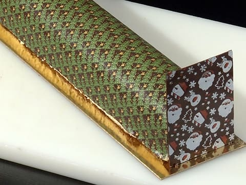 Pear & Chocolate Yule Log - 82