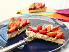 Crunchy Strawberry Tartlets