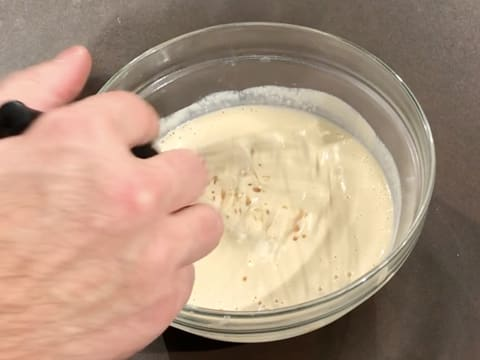 Combine the preparation with a whisk