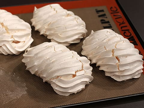 French Meringues - 13