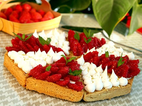 Lemon & Meringue with Raspberry & Mascarpone Chantilly Cream Tart, in Individual Tartlets - 52