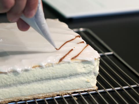 Mille-feuille Fondant Icing - 18
