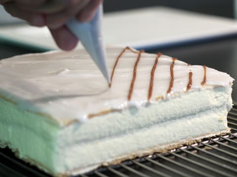 Mille-feuille Fondant Icing - 19