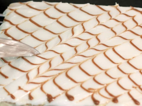 Mille-feuille Fondant Icing - 22