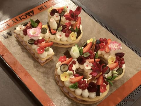 Number Cake with Red Berries - 78