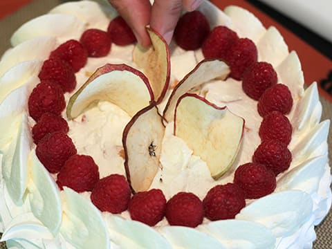 Pavlova with Dried Fruits - 57