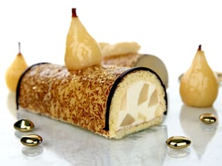 Pear Mousse Yule Log