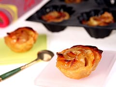Puff Pastry Pear Roses