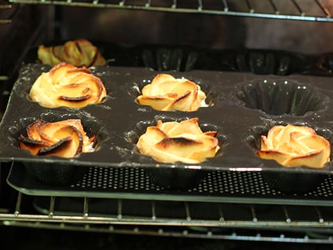 Puff Pastry Pear Roses - 24