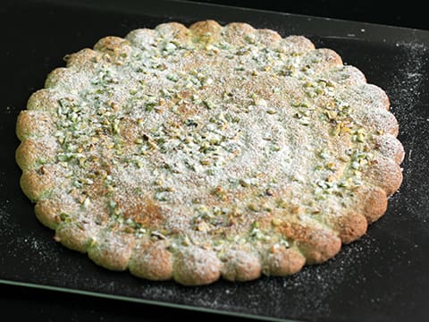 Pistachio Dacquoise with Strawberries - 70