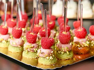 Strawberry & Pistachio Mini Bites