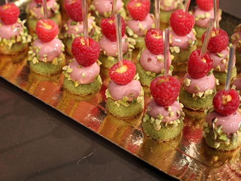 Strawberry & Pistachio Mini Bites - 21