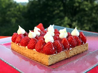 Strawberry Tart with Mascarpone Chantilly Cream