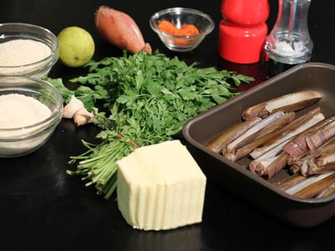 Stuffed Razor Clams with Flavoured Butter - 1