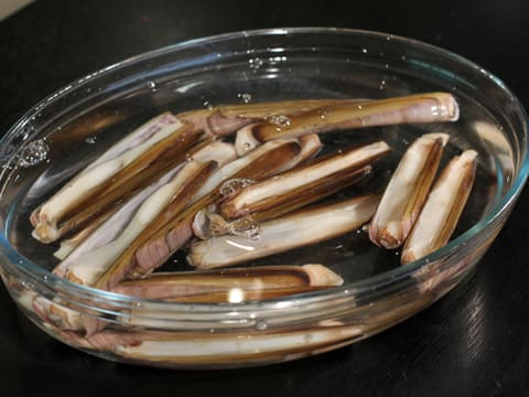 Stuffed Razor Clams with Flavoured Butter - 2
