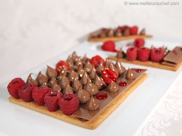 Milk Chocolate Crémeux & Raspberry Tart